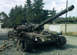 T-72 Tank reportedly destroyed by Ukrainian forces in Snizhne, Ukraine, June 12, 2014. Source: Twitter.